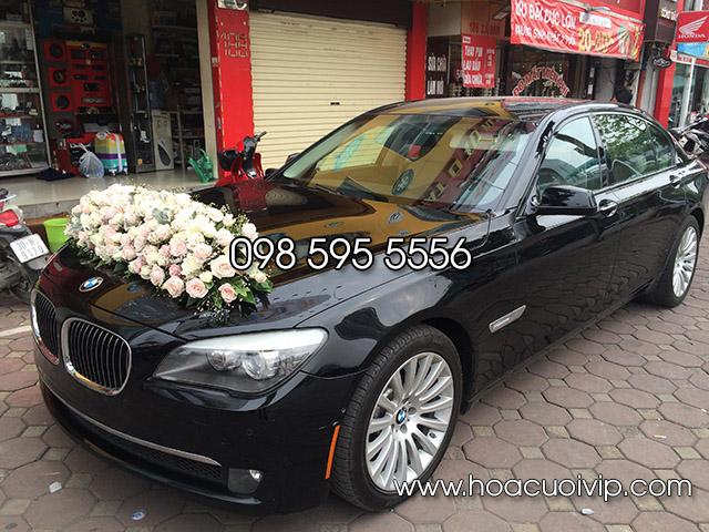 thuê xe cưới bmw 750li màu đen