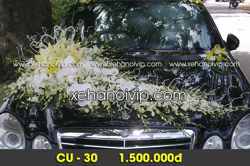 mẫu trang trí xe hoa